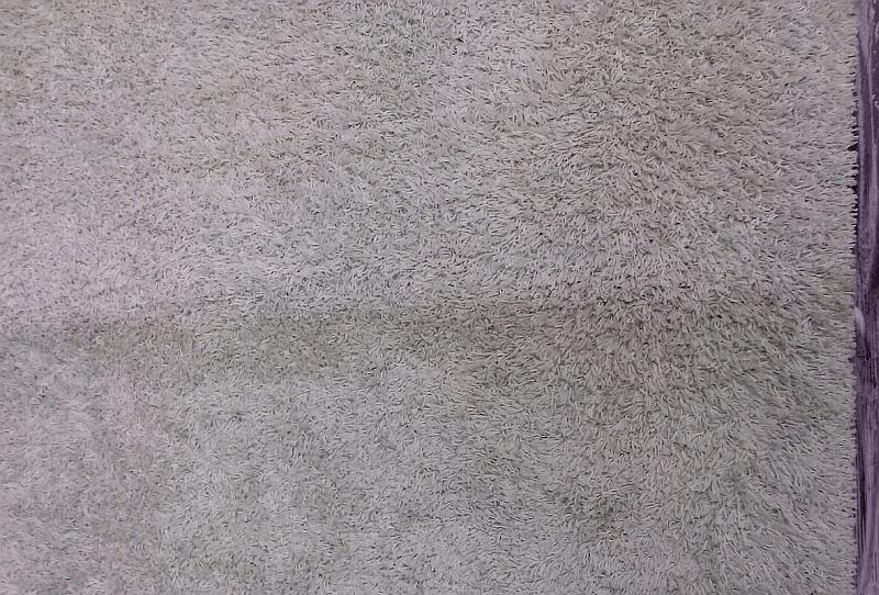 Čištění shaggy koberce | Kuřim - dole původní stav, nahoře po vyčištění